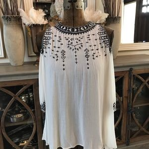 Guess embroidered top